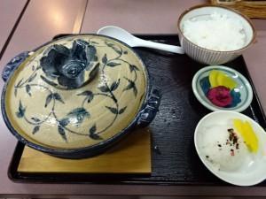 ぼっちり 鍋焼きラーメン (3)