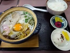 ぼっちり 鍋焼きラーメン (4)